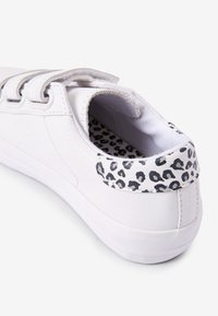 Next - TOUCH FASTENING  - Trainers - white - 3