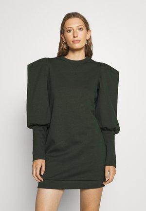 IMOJENE MINI DRESS WITH SHOULDER DETAIL - Žerzejové šaty - dark green