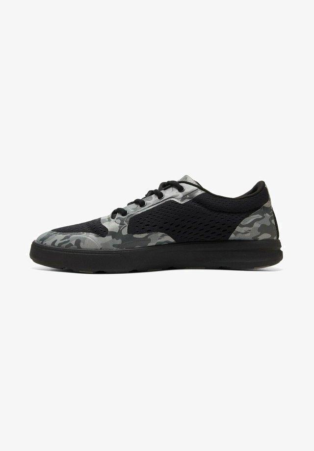 AMPHIBIAN PLUS  - Sneakers laag - black grey black