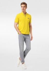 Pierre Cardin - LYON - Jeans Tapered Fit - grey - 1
