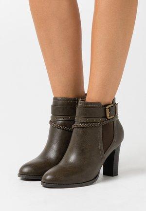 ABINGDON - Ankle boots - khaki
