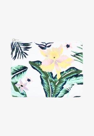 Strandaccessoire - bright white praslin