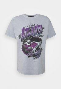 Mennace - ATLANTA RACING UNISEX - Print T-shirt - grey - 0