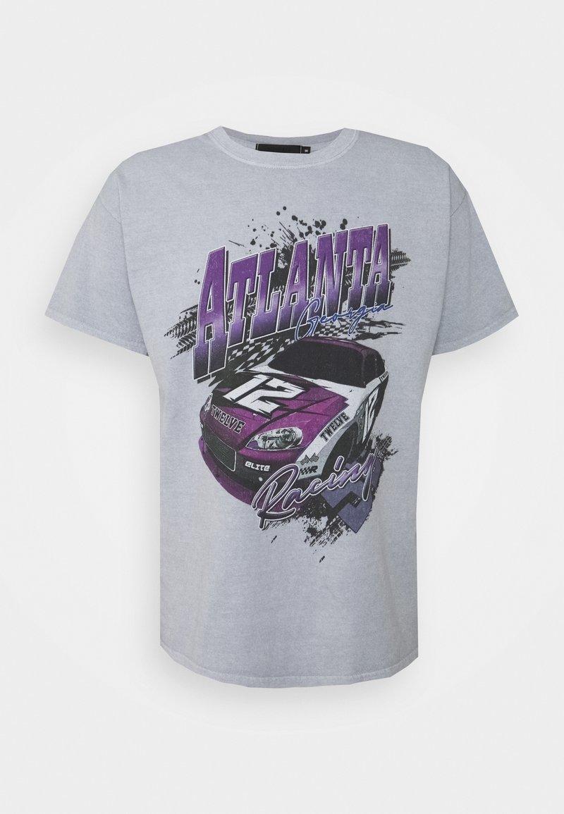 Mennace - ATLANTA RACING UNISEX - Print T-shirt - grey