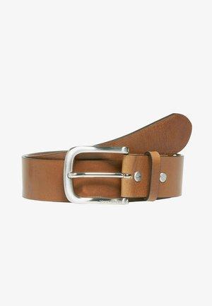 Belt - light chestnut brown