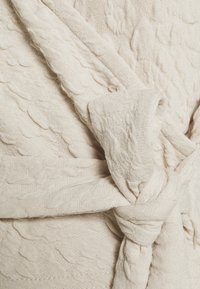 Pieces - PCGRACELIA  WRAP  - Top sdlouhým rukávem - birch - 2
