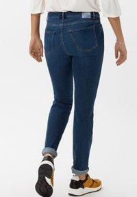 BRAX - STYLE SHAKIRA - Jeans Skinny - slightly used regular blue - 2