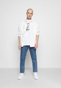 Quiksilver - FADING OUT  - T-shirt con stampa - white - 1