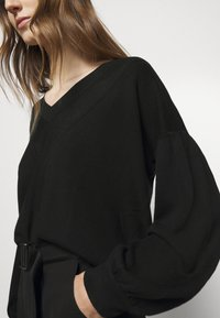 Pinko - BANGLADESH - Jumper - black