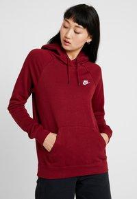 Nike Sportswear - HOODIE - Hoodie - team red/white - 0