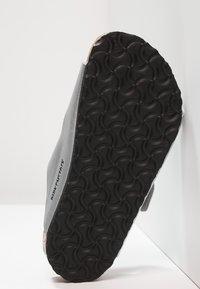 Birkenstock - ARIZONA - Pantolette flach - silver - 5