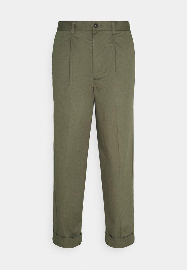 PRESTON PANTS - Trousers - lichen green