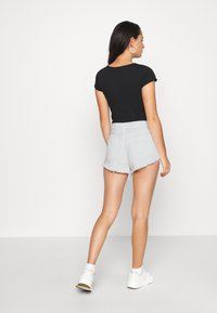 Free People - LOVING GOOD VIBRATIONS - Denim shorts - ivory - 2