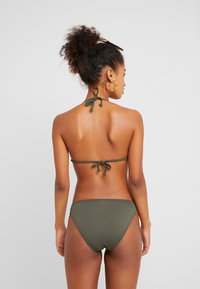Bruno Banani - TRIANGEL SET - Bikini - oliv - 2