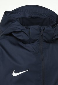 Nike Performance - Chaqueta Hard shell - obsidian/white - 3