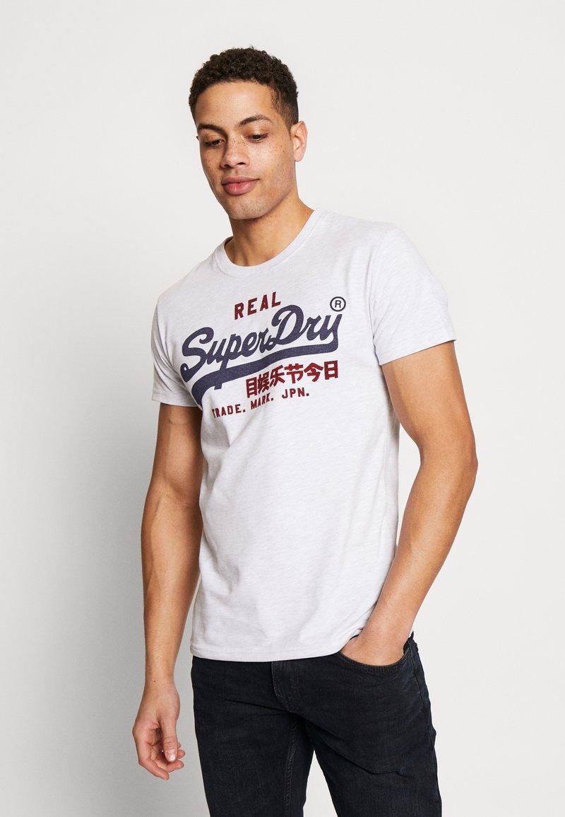 Superdry - PREMIUM GOODS HEAT SEALED TEE - Print T-shirt - ice marl
