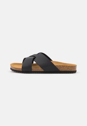 SOHO - Slip-ins - black