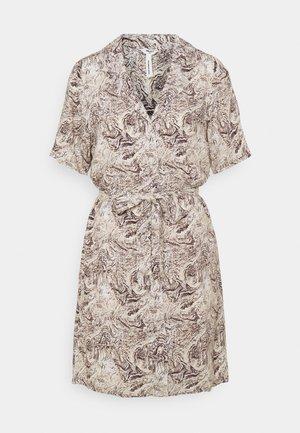 OBJKINNA SHORT DRESS - Blousejurk - silver gray