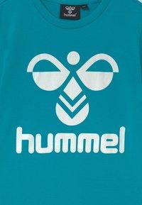 Hummel - TRE DOUBLE 2 PACK UNISEX - Print T-shirt - tea rose/capri breeze - 3