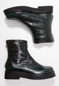 MJUS - Platform ankle boots - lichene - 3