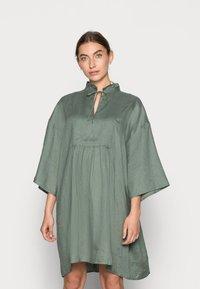 ARKET - Shirt dress - sage green - 0