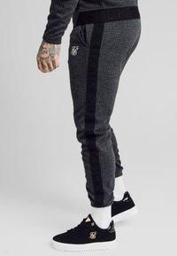 SIKSILK - TONAL CHECK CUFFED PANTS - Spodnie materiałowe - grey - 4