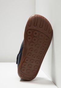 Camper - PEU CAMI KIDS - Zapatos con cordones - navy - 5