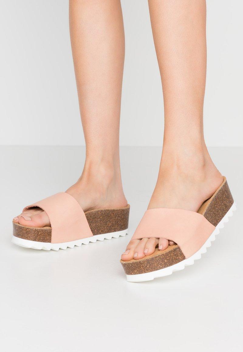 Grand Step Shoes - KALI - Mules - peach