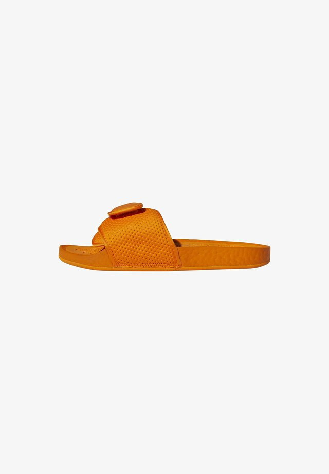 ADIDAS ORIGINALS  X PHARRELL WILLIAMS BOOST SLIDES - Sandales de bain - orange