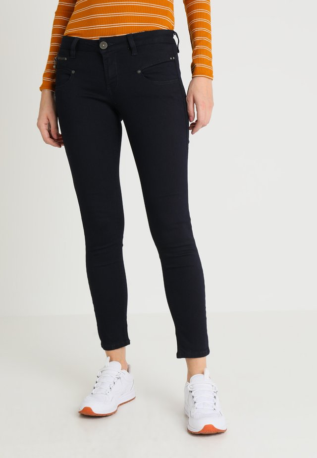 ALEXA CROPPED - Jeans Skinny Fit - flora