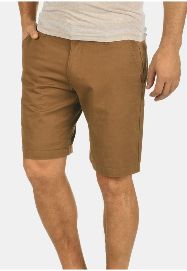 CHINOSHORTS THEMENT - Shorts - brown