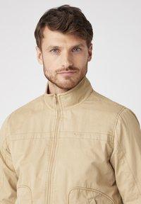 Wrangler - Summer jacket - sand - 3