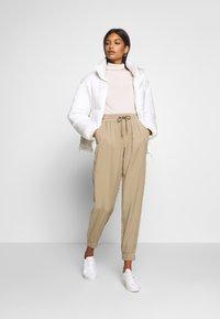 Lounge Nine - ARABELLA PANTS - Trousers - silver mink - 1