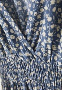 PULL&BEAR - Day dress - mottled blue - 3