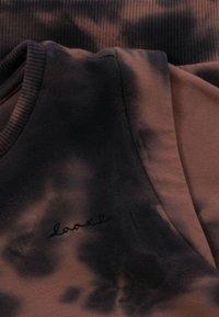 Looxs Revolution - TIE-DYE  - Longsleeve - bruin - 2