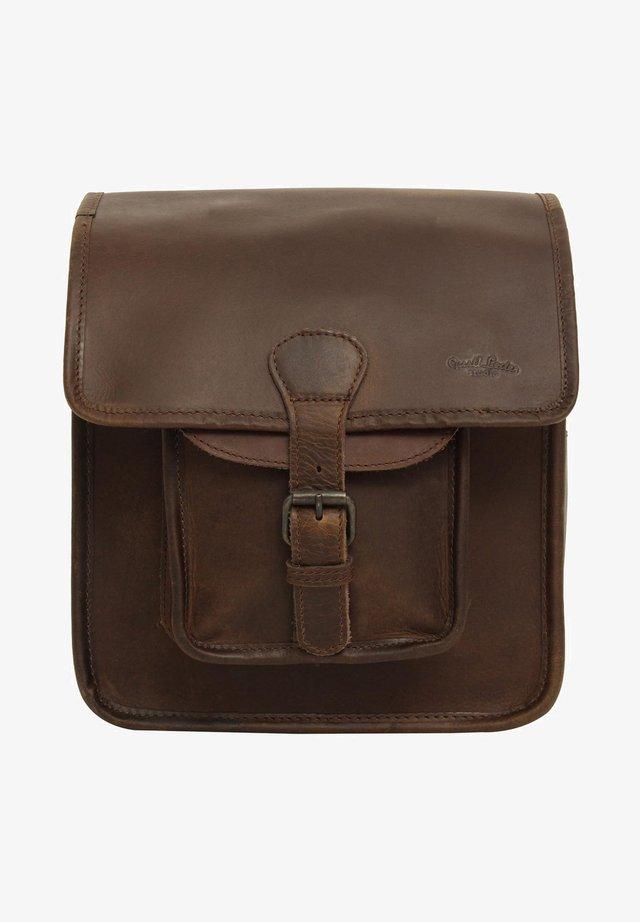 Across body bag - chestnut