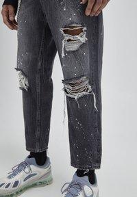 PULL&BEAR - Jeans baggy - mottled dark grey - 4
