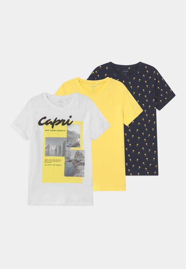 NKMVEBO LOOSE 3 PACK - Camiseta estampada - bright white