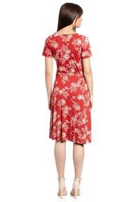 Vive Maria - HAWAII VACATION - Jumper dress - rot allover - 2