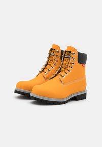 "Timberland - 6"" PREM CUP - Winter boots - medium orange - 1"