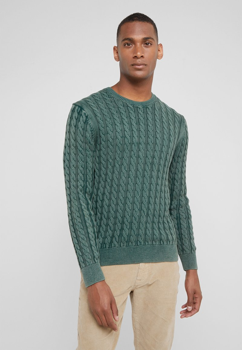 HKT by Hackett - CABLE CREW - Strikkegenser - dark green