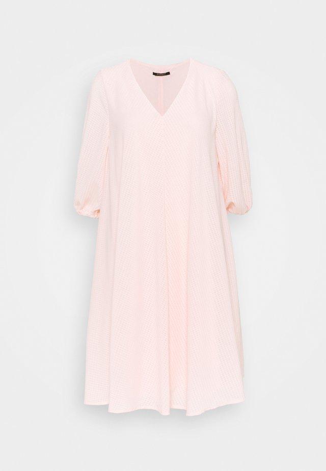 KALATEA ALLURE DRESS - Day dress - misty rose