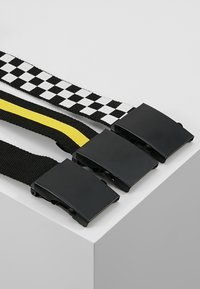 Urban Classics - 3 PACK - Belt - black/white/yellow - 3