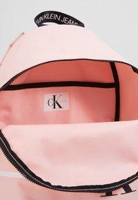 Calvin Klein Jeans - MONOGRAM STRIPE BACKPACK - Batoh - pink - 4