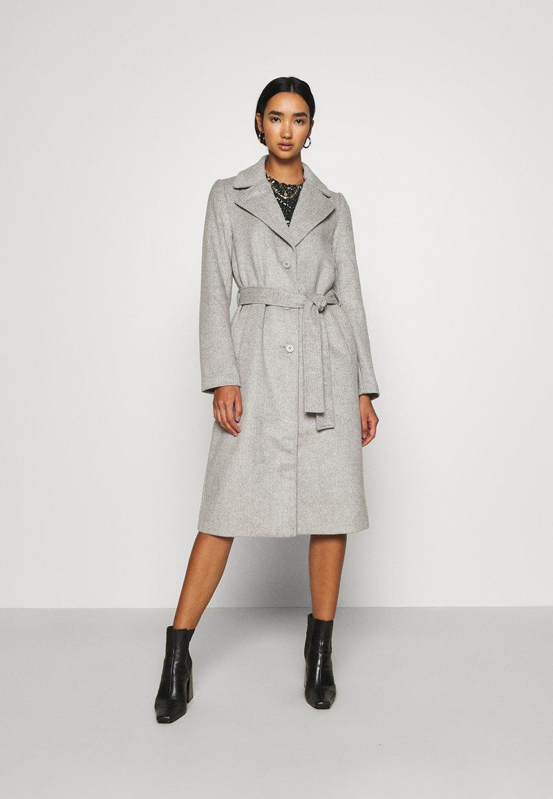 Pieces - PCSISUN JACKET - Classic coat - light grey melange