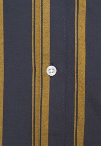 Only & Sons - ONSTRAVIS LIFE STRIPED - Shirt - dress blues - 2