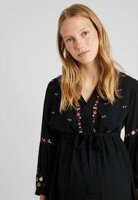JoJo Maman Bébé - EMBROIDERED DRESS - Denní šaty - black - 3