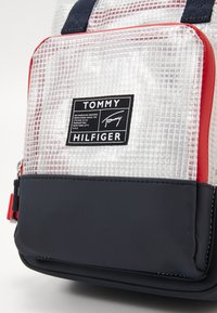 Tommy Hilfiger - YOUTH BACKPACK - Tagesrucksack - blue - 2
