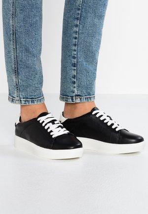 LULIA - Sneakers laag - black