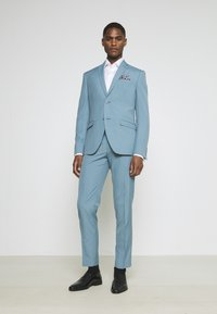 Isaac Dewhirst - PLAIN SUIT SET - Completo - turquoise - 0